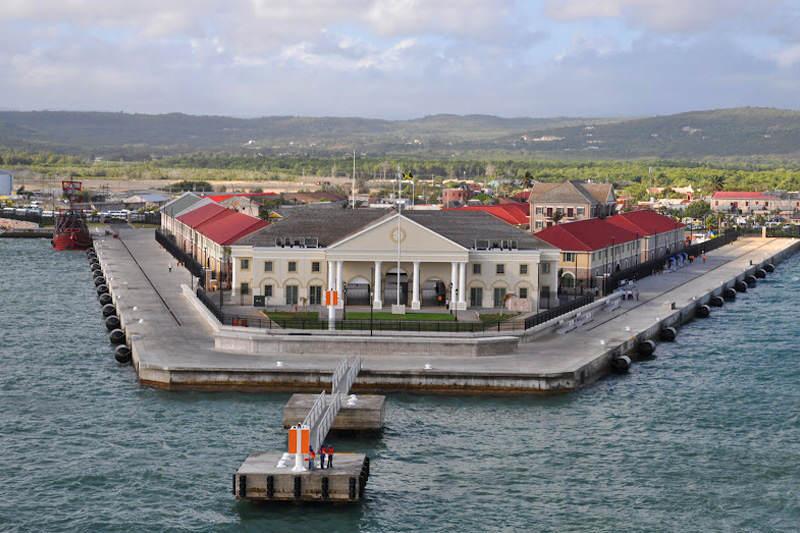 Gobierno de Nicolas Maduro. - Página 23 Puerto-Falmouth-en-Jamaica-financiado-por-PDVSA-4-800x533