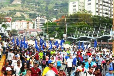 ¡MASIVA ASISTENCIA! Estudiantes de Mérida marcharon para exigir renuncia de Maduro #23E (+Fotos)