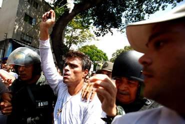 """¡ATENCIÓN! Leopoldo envía mensaje tras 100 horas en huelga de hambre: """"No nos rendiremos"""""""