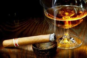 ¡ADIÓS VICIO EN LA PATRIA! En vigencia impuesto de hasta 150% en licores y 70% en cigarrillos