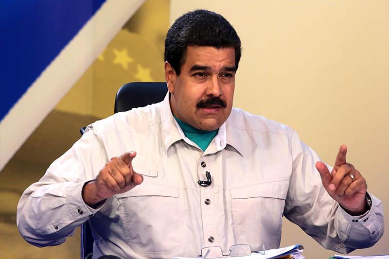 Maduro-señala-en-contacto-con-Maduro