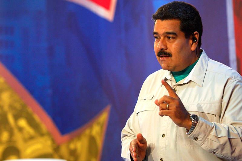 Nicolas-Maduro-señala-ordena-1