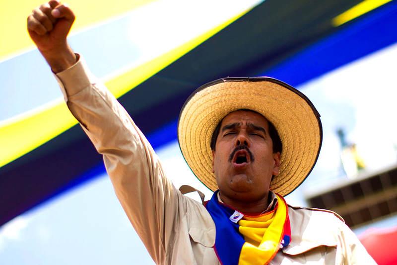 Nicolas-Maduro-sombrero-logro