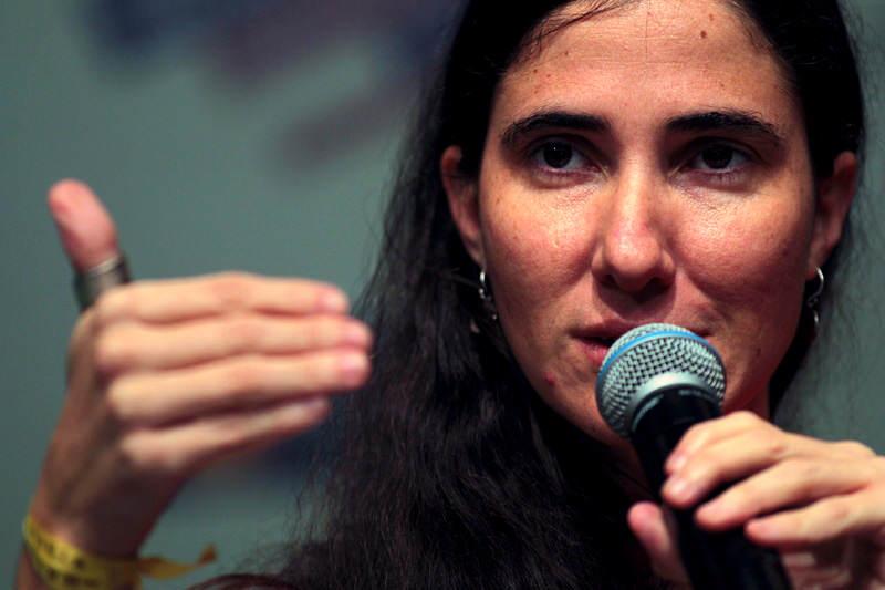 Yoani-Sanchez-Bloguera-Cubana-Disidente-800x533