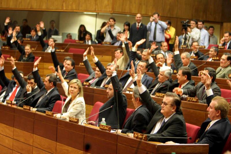 Diputados-Paraguayos-piden-liberacion-e-presos-politicos-Leopoldo-Lopez-800x533
