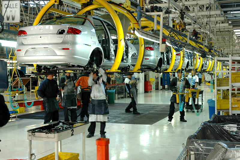 Industria-produccion-carro-vehiculos