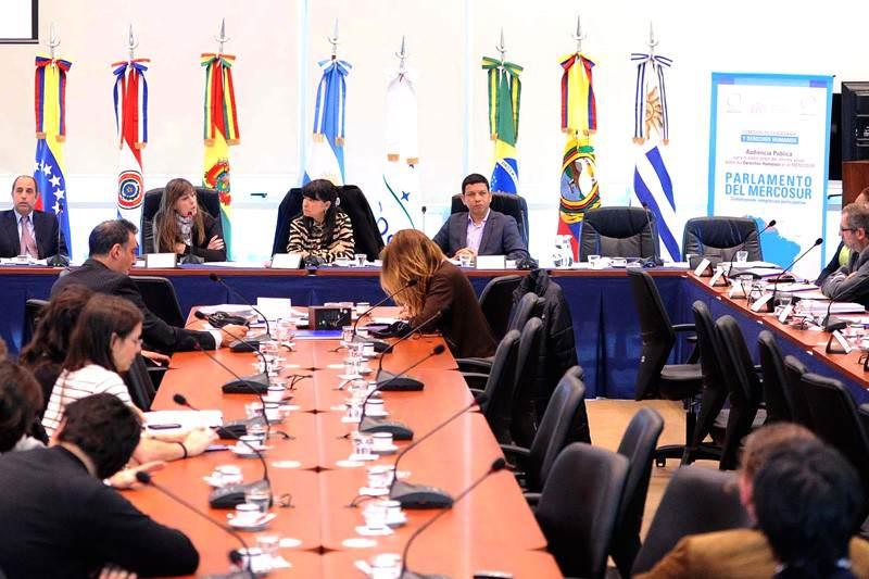 Parlamento-del-Mercosur-Parlasur-3-800x533