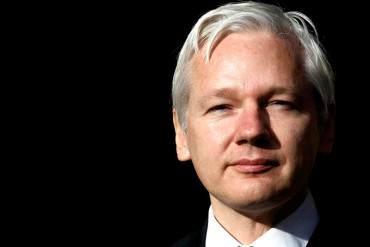 ¡EL QUE FALTABA PUES! Julian Assange pide a Obama que derogue el decreto contra Venezuela