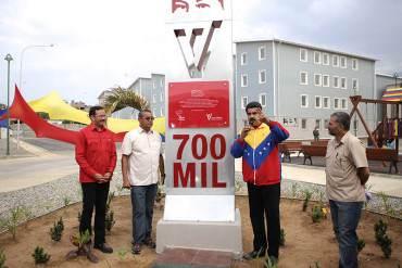 """¡PINOCHO QUEDÓ PENDEJO! Maduro: """"Apartamentos de Misión Vivienda no bajan de $50 mil"""""""