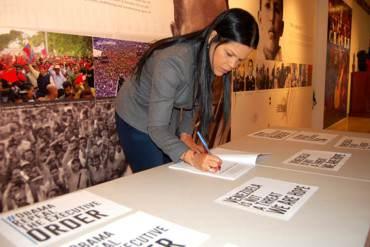¡CUIDANDO EL APARTAMENTO EN NY! María Gabriela Chávez firmó contra decreto de Obama