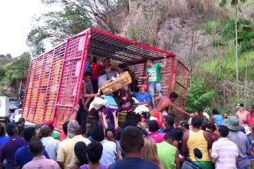 ¡LAS MISERIAS DE LA PATRIA! Han sido saqueados nueve camiones en los últimos tres meses