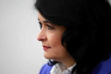 """Exministra chavista propone eliminar el cupo de viajeros: """"No tenemos por qué subsidiar viajes"""""""