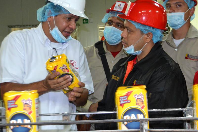 Andres-Eloy-Mendez-Inspecciones-a-Empresas-Polar-SUNDEE-Harina-PAN-6-800x533