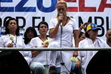 ¡UNIDOS EN ORACIÓN! Esposas de los presos políticos pidieron orar por libertad de Venezuela