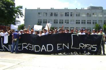 """¡PISOTEANDO LEYES Y DERECHOS! Con decisión del TSJ buscan """"intervenir las universidades"""""""