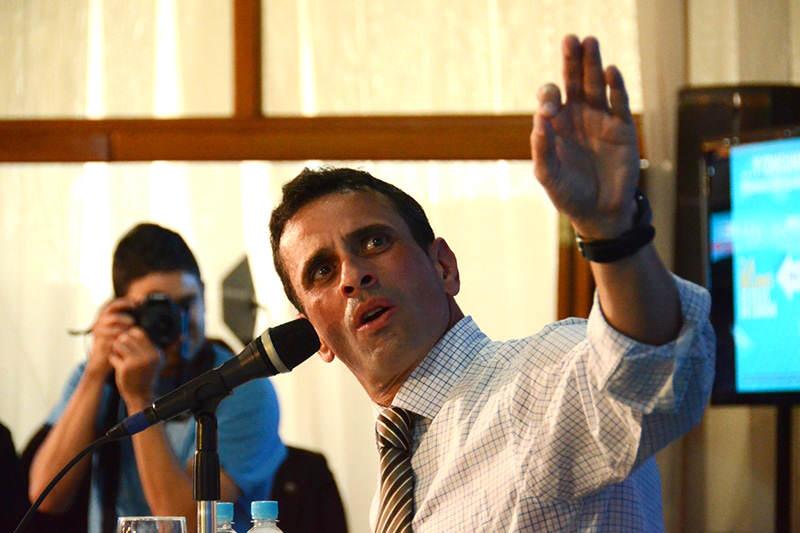 Henrique-Capriles-medidas-economicas-unidad-14j-3
