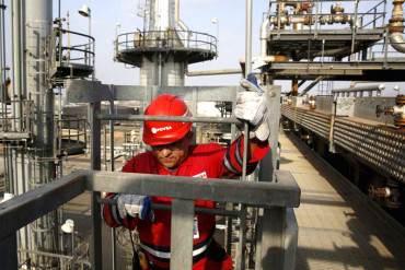 ¡EN MANOS DE INCAPACES! Colapso productivo en PDVSA: trabajan solo al 60% de su capacidad