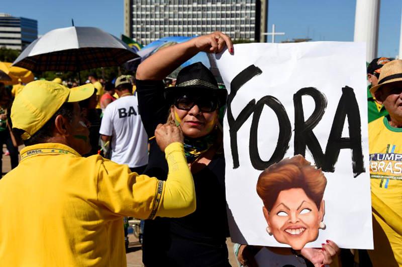 PROTESTA-BRASIL-16A-3