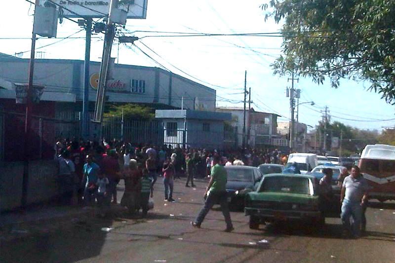 SAQUEO-maracaibo-centro-99