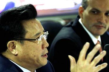 """¡ARRASAN CON TODO! Millonario y """"comunista"""" chino Liang Wengen va tras la Faja del Orinoco"""