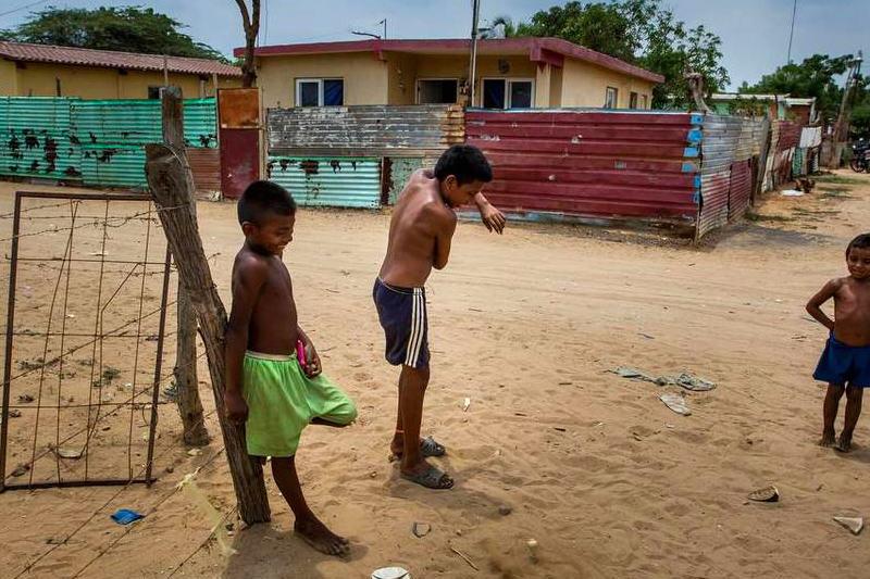 Comunidad-Wayuu-en-Venezuela-niños-4