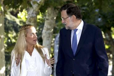 """¡ENTÉRESE! Rajoy lamenta la prohibición de salida a Tintori: """"Pueden encerrar a las personas pero no a los ideales"""""""