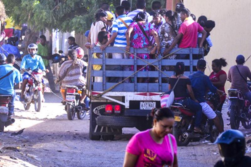 guajiros-wayuu-en-frontera-cierre-colombia-paraguachon-2