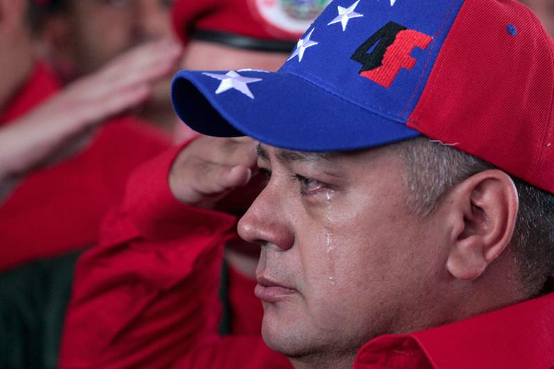 Diosdado-Cabello-llorando-muerte-de-Hugo-Chavez