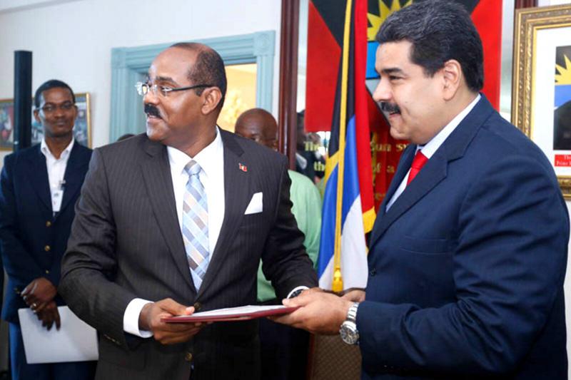 Nicolas-Maduro-viaje-a-Antigua-y-Barbuda-3