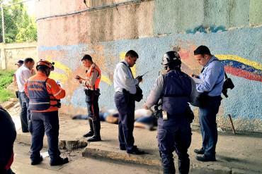 ¡DE ESPANTO! Localizan los cadáveres de dos jóvenes debajo del distribuidor La Yaguara (+Foto)