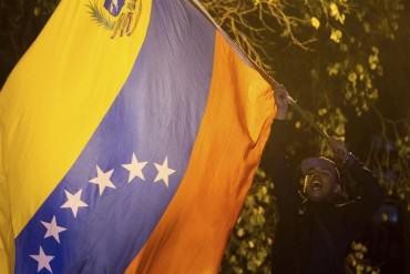 ¡VENEZUELA HABLÓ! Maduro, ponga los pies en la tierra, ganó el pueblo, por Cesar Miguel Rondón