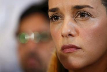"¡GRAVE! Lilian Tintori denuncia BRUTAL requisa frente a hijos de Leopoldo: ""Me quitaron el modess"""