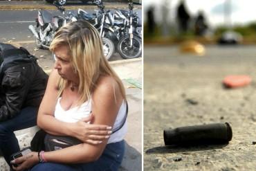 ¡INDIGNANTE! Una bala perdida mató a un niño de 7 años mientras veía TV en su casa en Petare