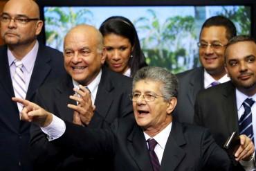 """Henry Ramos Allup: """"Si hay que modificar los decretos ley hechos por Maduro, lo haremos"""""""