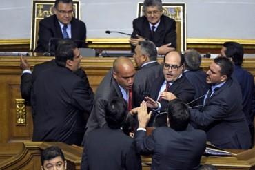 ¡PERDIDOS Y SIN SALIDA! El chavismo adopta el sabotaje como táctica en la nueva Asamblea