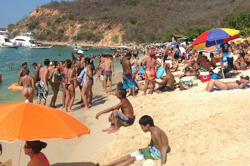 Turismo-en-Venezuela-Playas-de-Mochima-1