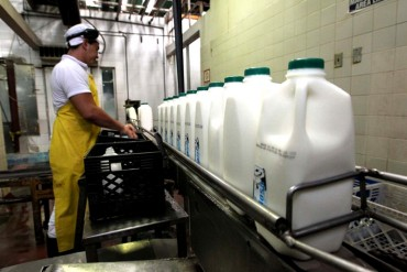 ¡AQUÍ LOS TIENES! Estos son los nuevos precios de la leche que publicó la Sundde