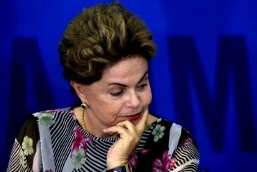 ¡SIN SALIDA! Rousseff sugiere que se hagan elecciones para que sea el pueblo quien la juzgue
