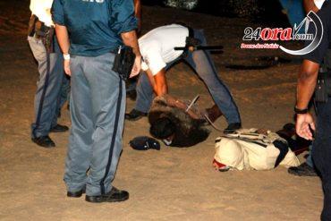¡BOCHORNO! Otros dos venezolanos detenidos en Aruba: Llevaban droga en un peñero