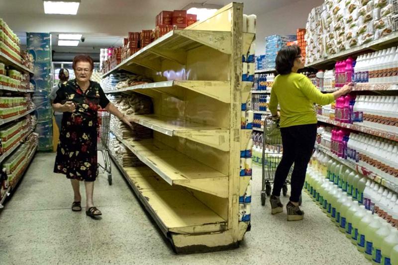 crisis-en-venezuela-colas-para-comprar-escasez-supermercado