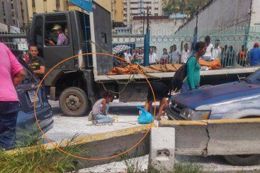 ¡NO LO PERDONARON! Así fue el saqueo de harina precocida y de trigo en Puerto La Cruz (+Video)