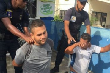 ¡ACCIÓN DESESPERADA! Detuvieron a 9 balseros venezolanos a su llegada a Curazao