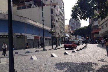 ¡SANTAMARÍAS ABAJO! Así se vive en Sabana Grande el #ParoCívico (+Videos +Fotos)