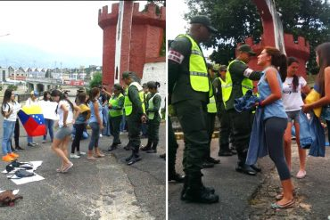 """¡PA' QUE SEAN SERIOS! Gochas le ofrecen pantalones a los militares en un """"pantalonazo por la libertad"""" (+Video)"""