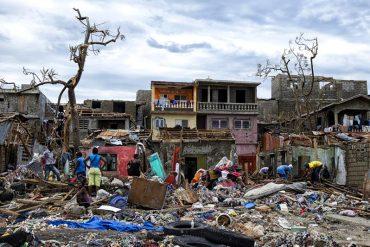 ¡TRÁGICO! Van más de 800 muertos en Haití: Matthew es la peor catástrofe desde el terremoto de 2010