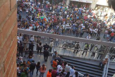 ¡MENSAJE ESTRUENDOSO! Así recibieron a la Sundde en el City Market (+Video +Y va a caer)