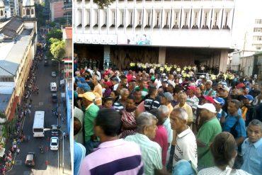 ¡CAOS! Así están las megacolas en las sedes del BCV de Caracas y Maracaibo para canje de billetes