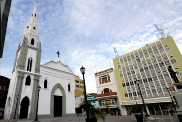 ¡TE LO MOSTRAMOS! Los ofensivos mensajes que dejaron en la fachada de una iglesia en Cojedes (+Fotos)