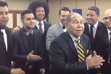 """¡TREMENDO ARTISTA! Cuando Memo Morales cantó """"yo no olvido el año viejo"""" junto a Vocal Song (+Video)"""