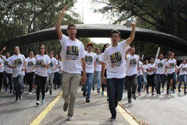 ¡CHAMOS RESTEADOS! Estudiantes de la UCV toman las calles por suspensión de elecciones universitarias (+Videos)